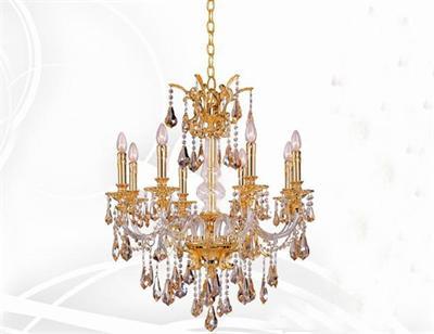 欧式水晶灯具:水晶吊灯华丽而灿烂