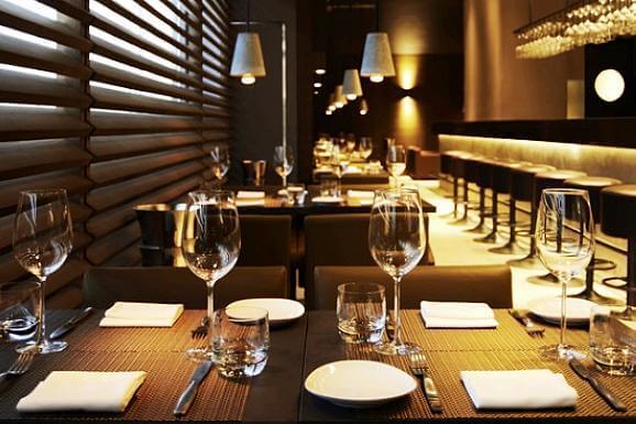 西餐厅照明,营造浪漫氛围只是设计上的基本要求